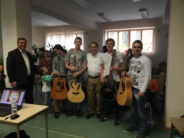 Worship Guitar Class